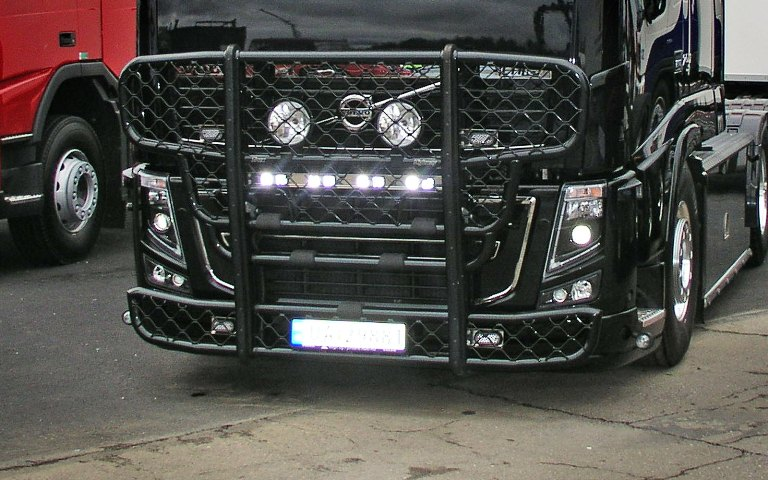 Volvo FH Low. Front Protection, Highway A14-3