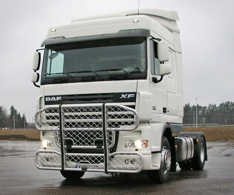 DAF XF Space cab. Front Protection, Highway A61-1
