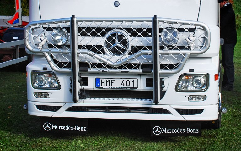 Mercedes Actros Megaspace. Front Protection, Offroad B45-1