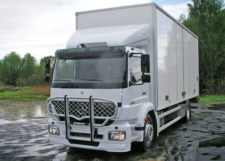 Mercedes Axor S. Front Protection, Offroad B46-2